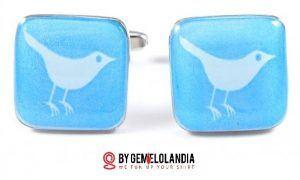 """@Gemelolandia en Twitter - Gemelolandia celebra el Día de Internet mostrando gemelos de Internet relacionados con Facebook, Twitter, Google, Apple, Microsoft y la famosa """"arroba"""" @. Gemelolandia - Gemelos para camisas - Gemelos en Internet"""