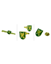 Pack de la Fuerza Logística Operativa . Contiene: Gemelos, pin y Pasador