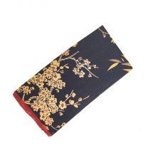 Pañuelo de Algodon Negro Floreado Crema 23x23cm