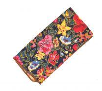 Pañuelo de Algodon Negro Estampado Flores variado 23x23cm