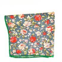 Pañuelo de Algodon Gris Floreado 23,5 x 23,5 cm