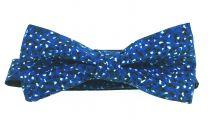 Pajarita HUGO de pura Seda con estampados amotados en tonos azules