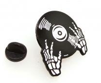 Pin de Solapa Manos de Calavera DJ 30x25mm